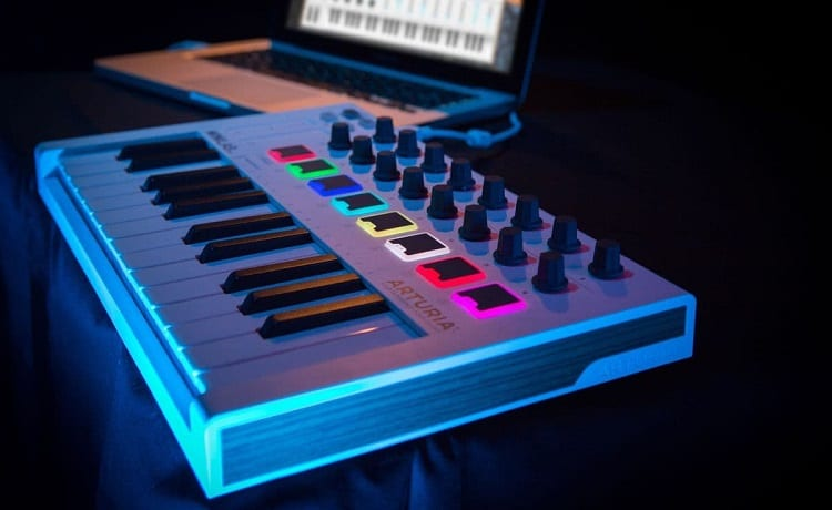 arturia controller with backlights