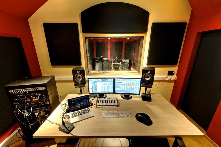 How Do I Set Up a Studio Room? An Ultimate Guide